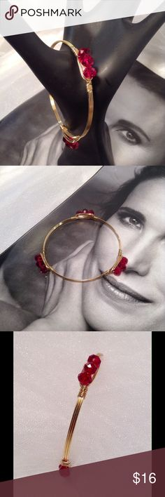 Red Bead Bracelet This unique bracelet features three sets of red beads intricately placed on a gold tone wire bracelet setting, Measures: 8 inches (This closet does not trade or use PayPal) Jewelry Bracelets