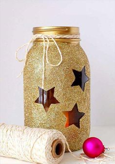 Gold Glitter Mason Jars - 22 Quick and Cheap Mason Jar Crafts Filled With Holiday Spirit Easy Homemade Christmas Gifts, Mason Jar Christmas Crafts, Mason Jar Crafts, Bottle Crafts, Holiday Crafts, Christmas Decorations, Diy Christmas, Homemade Gifts, Christmas Centerpieces