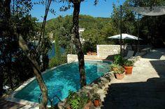 Schau Dir dieses großartige Inserat bei Airbnb an: Mala Villa - Villen for Rent