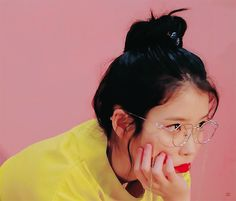 Animated gif about kpop in IU 🌹 by Bbibbi ♡ on We Heart It