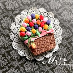 """Spring basket cookie by Nadia """"My Little Bakery"""""""