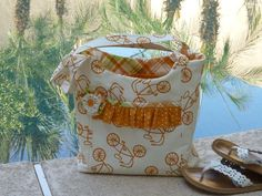 Summer tote with Lucy's Crab Shack fabric.