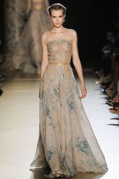 breath-taking Elie Saab FW2012-13 couture