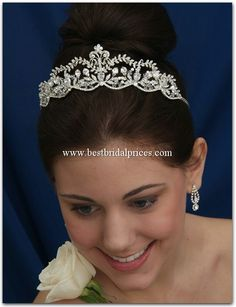 The Bridal Veil Company Style: 21126 $220.00  http://www.bestbridalprices.com/the-bridal-veil-co-headpiece-21126-p26658