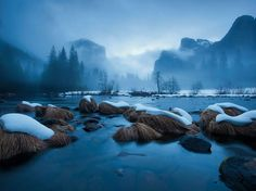 SNOW ON THE WATERTiny blankets of snow cover river rocks at Yosemite National Park, California. This photo appeared in a 2011 National Geographic article on U. (Watch a stunning time-lapse video of Yosemite. S4 Wallpaper, Nature Wallpaper, Wallpaper Samsung, Photo Wallpaper, Mobile Wallpaper, Wallpaper Backgrounds, What A Wonderful World, Beautiful World, Beautiful Places