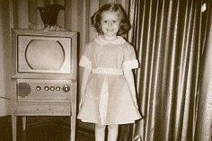 """""""The Patty Duke Show"""" turns 50 this year. To celebrate, test your knowledge of TVs most adored child actors from the and Classic Tv, Classic Movies, Sweet Memories, Childhood Memories, Patty Duke Show, Blood Brothers, Cartoon Tv Shows, Child Actors, Yesterday And Today"""