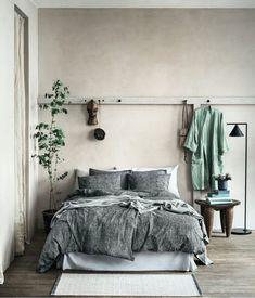 36 Stunning Modern Scandinavian Bedroom Design And Decor Ideas - Popy Home Natural Bedroom, Earthy Bedroom, Scandinavian Bedroom, Scandinavian Style, Bedroom Green, Home Decor Bedroom, Bedroom Ideas, Bedroom Inspiration, Bedroom Designs