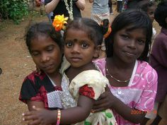 DRAVIDIAN GIRLS IN INDIA