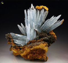 Barite crystals on Limonite matrix (Sidi Lahcen mine, Morocco)