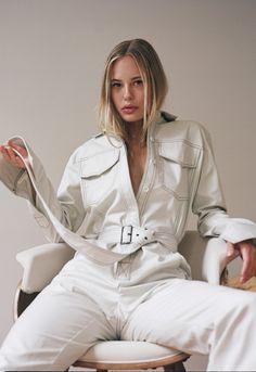 Workwear jumpsuit off-white Long Romper, Long Sleeve Romper, Off White Fashion, Jeans Jumpsuit, White Denim Jumpsuit, Denim Belt, Poses, Jumpsuits For Women, Work Wear