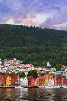 Gorgeous sunset in Bergen Norway. Click through to see 27 of the most beautiful villages in the world!