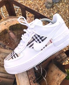 2298 Best White sneakers images in 2020 | White sneakers