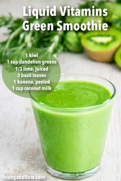 Green Smoothies are packed with fiber, protein and other essential nutrients. Try these easy tips to make vegetable healthy breakfast smoothies. Green Smoothie Cleanse, Healthy Green Smoothies, Juice Smoothie, Smoothie Drinks, Smoothie Recipes, Detox Drinks, Detox Juices, Juice Cleanse, Salad Recipes