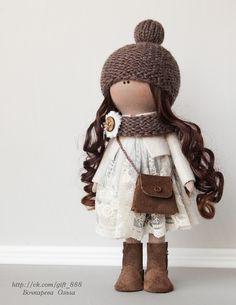 Интерьерная кукла из трикотажа, ростом 35см - 100% ручная работа.  Шапочка и шарфик связаны из шерсти, сумочка и сапожки - натуральная замша.  Платье - нежнейшее хлопковое кружево на сетке. Куклу можно приобрести. https://vk.com/gift_888