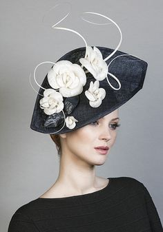 Royal Milliner Rachel Trevor-Morgan offers a couture bespoke service for occasion hats and headdress. Millinery Hats, Fascinator Hats, Fascinators, Headpieces, Rachel Trevor Morgan, Races Fashion, Fashion Hats, Occasion Hats, Kentucky Derby Hats