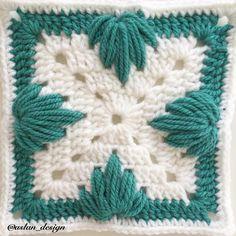 Crochet Border Patterns, Crochet Flower Squares, Crochet Motifs, Crochet Blocks, Granny Square Crochet Pattern, Crochet Mandala, Crochet Designs, Free Crochet, Crochet Crafts