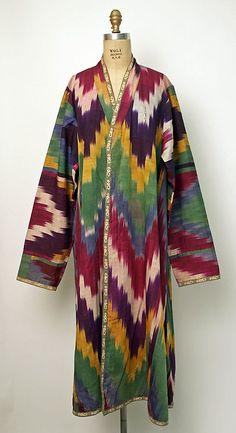 ikat robe from Uzbekistan, century The Metropolitan Museum of Art Textiles, Vintage Outfits, Vintage Fashion, Estilo Hippie, Ikat Pattern, Ikat Fabric, Antique Clothing, Folk Costume, Historical Costume