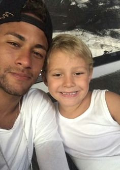 Neymar Jr y Davi Lucca Neymar Pic, Messi And Neymar, Psg, Love You Babe, Best Player, Girls Dream, Fc Barcelona, Cristiano Ronaldo, To My Future Husband