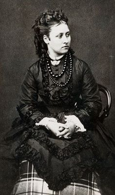HRH The Princess Louise, Duchess of Argyll. Daughter of Queen Victoria (Died Dec Queen Victoria Children, Queen Victoria Family, Queen Victoria Prince Albert, Victoria Reign, Victoria And Albert, Crown Princess Victoria, Royal Queen, King Queen, Queen Victoria's Daughters