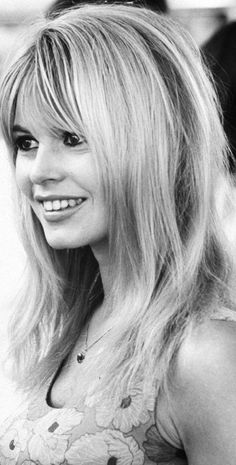 Actress Brigitte Bardot during filming of movie Viva Maria. Get premium, high resolution news photos at Getty Images Bridgitte Bardot, Bardot Bangs, Georgia May Jagger, French Actress, Timeless Beauty, Summer Hairstyles, Belle Photo, Hair Looks, Beauty Hacks