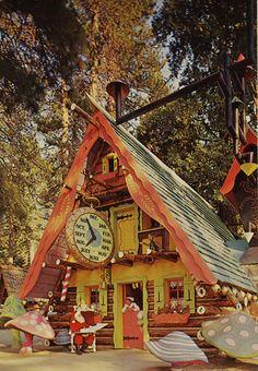 I remember Santa's Village on 101 south of Santa Barbara. Then of course, Santa's Village north of Santa Cruz.rmember there as well as a kid Primitive Christmas, San Jose, California Dreamin', California History, Montclair California, California Mountains, Vintage California, Fairytale House, Scotts Valley