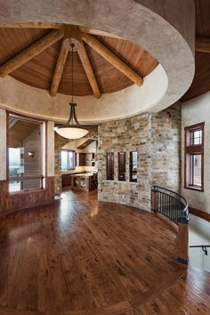 Mountain traditional style log home in Pagosa Springs, CO designed and built by Kogan Builders of Durango, Colorado. Co Design, Cabin Design, House Design, Mountain Style, Mountain Homes, Rustic Elegance, Rustic Style, Log Home Decorating, Post And Beam