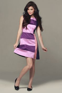 Anne Curtis for Plains & Prints Fleur De Lis collection. Anne Curtis Smith, Ootd Fashion, Womens Fashion, Look Thinner, Cute Outfits, Dresses For Work, Actresses, Lady, Model