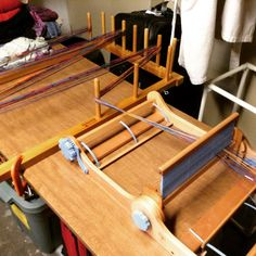 Y esterday I tried something I've been thnking about since I put 18 feet of warp on my Cricket rigid heddle a month ago. I love direc. Inkle Weaving, Inkle Loom, Tablet Weaving, Hand Weaving, Weaving Textiles, Weaving Patterns, Ashford Loom, Types Of Weaving, Weaving Projects