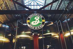 brooklyn brewery79 north 11th street, brooklyn, ny.em williamsburg você pode visitar a fabrica da cerveja BB, fazer um tour guiado ou apenas beber uma cerveja no bar.http://brooklynbrewery.com/