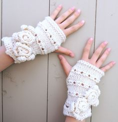 Rose Onie Classic Fingerless Gloves, Hand Warmers - Ivory - Merino Wool