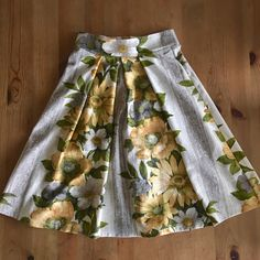 """I've just shipped a custom version of this skirt to the US for Ali's graduation, a special and unique barkcloth design. Just one left now, waist 28"""" and length 25.5"""" 🌼"""