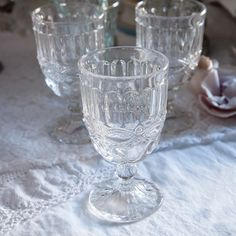 TABLE SETTING - Shabby Chic Couture Goblets by Rachel Ashwell.  Very Colonial!