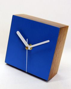 Desk Clock | Square | Matt Pugh - Modern British Design