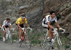 Indurain setting the pace in front of Giovanetti, who eventually won the race (Vuelta Track Cycling, Pro Cycling, Classic Road Bike, Road Racing, Cool Bikes, Bicycle, Sport, Photo Art, Gym