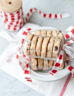 5 Beautiful Ways to Package Homemade Cookies and Treats is part of Bake sale packaging - Homemade 5 Beautiful Ways to Package Homemade Cookies and Treats is part of Bake sale packaging, Homemade cookies, Cookie packaging, Christmas bakin Bake Sale Packaging, Bakery Packaging, Cookie Packaging, Packaging Ideas, Cookies For Kids, Cute Cookies, How To Make Cookies, Making Cookies, Christmas Cookies Packaging