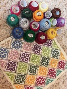 This Pin was discovered by Mar Cross Stitch Borders, Cross Stitch Designs, Cross Stitching, Cross Stitch Patterns, Diy Embroidery, Cross Stitch Embroidery, Embroidery Patterns, Palestinian Embroidery, Swedish Weaving