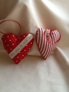 Pair+of+pretty+fabric+hearts+with+hanging+loops+by+Cherrypoppets,+£3.99