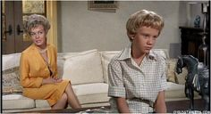 "Hayley Mills/""The Parent Trap"" - Child Actresses/Young Actresses/Child Starlets Young Actresses, Child Actresses, Joanna Barnes, Hailey Mills, Parent Trap Movie, Old Disney, Star Pictures, Disney Stars, Movie Stars"