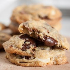 Milk Chocolate Macadamia Nut Cookies Recipe on Yummly