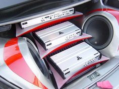 Amplifier rack for three JL audio amplifiers and two JL audio subwoofers in a CLK320 show car