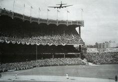 "1943 World Series ""Fly over"" Baseball Park, Rangers Baseball, Baseball Photos, Football, Polo Grounds, Surprise Visit, Yankee Stadium, Mlb Teams, World Series"