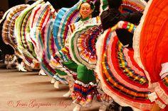 Baile típico de Jalisco