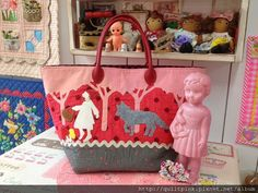 Quilt Pink 雜貨拼布手作 Taipei, Taiwan. Red riding hood tote bag.