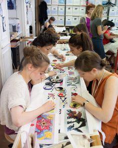 Reportage dans les ateliers du luxe avec Alexandra Golovanoff   Le Figaro Madame