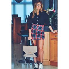 skirt, sleeves tote bag and white loafer #myvanityootd  women fashion style outfit more styles : www.instagram.com/vv.moodboard