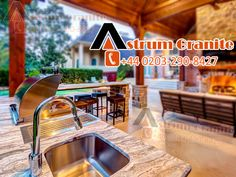 Choose Granite vs Quartz Kitchen Worktops on Astrum Granite where you get the best affordable granite vs quartz kitchen worktops UK. Best Kitchen Worktops, Granite Kitchen, Beautiful Kitchens, Cool Kitchens, Affordable Granite, Marble Worktops, Dark Granite, Inside Design, Bespoke Kitchens