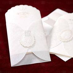 clássico gravado tri-fold com o convite de casamento de inserção (conjunto de 50)
