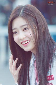 Minju Today, last year, time passed very quickly. Japanese Drama, Japanese Girl Group, Kim Min, Soyeon, The Wiz, Korean Singer, Kpop Girls, Yuri, Asian Beauty