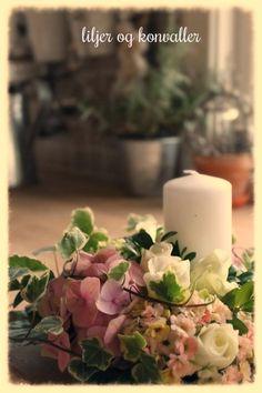 Måtte diske op med en lille fødselsdagilsen idag, men havde kun fået købt et lille bundt hvide roser i forvejen. Men efter en runde i haven...
