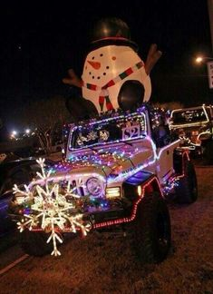 Jeep decorated for christmas awesome ideas 17 – We Otomotive Info - Cars Bester List Auto Jeep, Jeep Jk, Jeep Cars, Jeep Truck, Christmas Car, Christmas Lights, Christmas Decorations, Merry Christmas, Christmas Ideas